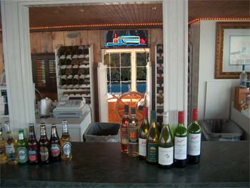 fully stocked cash bar on Lady of the Lake cruises